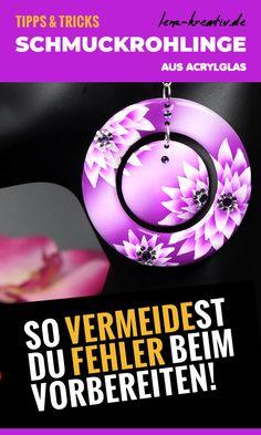 Acrylglas Schmuck Rohlinge verarbeiten... so vermeidest Du Fehler #schmuck #basteln #diy #schmuckrohlinge #acryl #acrylglas Airbrush, Starter Set, Tricks, Christmas Bulbs, Resin, Holiday Decor, Filing, Helpful Tips, Jewelry Making