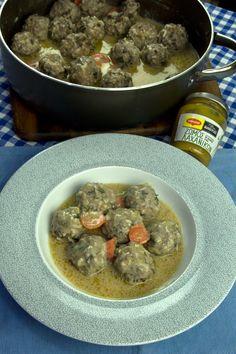 Γιουβαρλάκια αυγολέμονο, το ελληνικό φαγητό σπιτικής θαλπωρής | Caruso.gr Beef, Recipes, Soups, Food, Meat, Rezepte, Essen, Soup, Ox