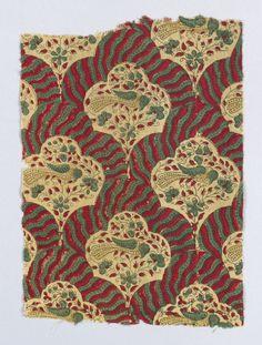 "alwaysalwaysalwaysthesea: "" Printed cotton fabric fragment, India, ca. Indian Textiles, Pretty Patterns, Furniture Making, Printed Cotton, Cotton Fabric, Colours, Print Ideas, Wallpaper, Antiques"