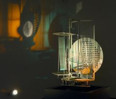 Laszlo Moholy-Nagy Light-Space Modulator, 1922.  Art Experience NYC  www.artexperiencenyc.com