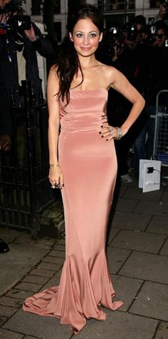 Look of the Day › June 11, 2010 WHAT SHE WORE For the Glamour Women of the Year Awards in London, Richie rocked a self-designed Winter Kate mermaid gown in a warm blush tone