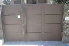Puertas Metálicas de Exterior de Acceso Peatonal y para Garajes