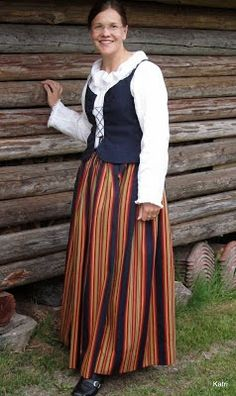 www.katrinompelimo.fi  Keski-Suomen kansallispuku Costumes Around The World, Healthy Style, Folk Costume, Black And White Pictures, Traditional Dresses, My Style, How To Wear, Folklore, Clothes