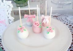 cakepops for this little flowers themed party Cakepops, Maybe One Day, Little Flowers, Candy Apples, 1st Birthday Girls, Flower Decorations, Party Themes, Craft Supplies, Frozen