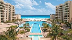 One of Cancun's top resorts for families, The Royal Sands offers a customized all-inclusive vacation experience, ocean-view suites and five-star amenities. All Inclusive Family Resorts, Cancun Resorts, Mexico Resorts, Best Resorts, Cancun Mexico, Hotels And Resorts, Mexico Vacation, Family Vacations, Dream Vacations