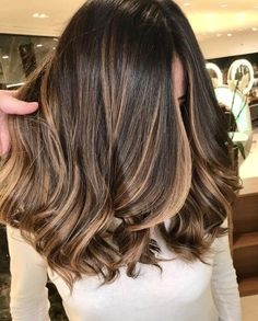 Winter Hairstyles, Cool Hairstyles, Brown Hair Balayage, Brunette Hair, Gorgeous Hair, Hair Lengths, Hair Hacks, Dyed Hair, Hair Inspiration