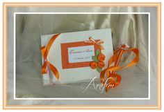 wedding guestbook , for info send email to artefem@email.it