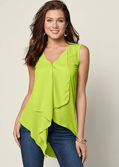 RUFFLE FRONT BLOUSE, COLOR SKINNY JEANS