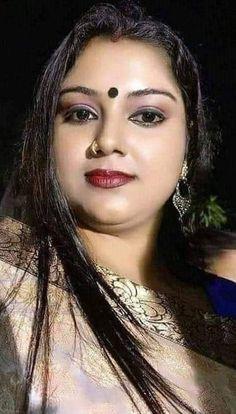Beautiful Girl In India, Beautiful Women Over 40, Beautiful Blonde Girl, Most Beautiful Indian Actress, Beautiful Eyes, Beauty Full Girl, Cute Beauty, Beauty Women, Indian Natural Beauty