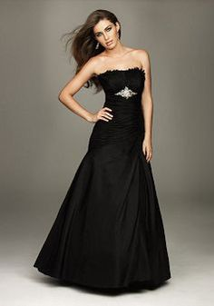 Chic Floor Length Strapless A line Natural Waist Evening Gowns