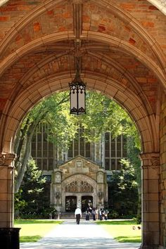Ann Arbor, the University of Michigan's cool hometown, supports a world tour of great restaurants, shopping and art. Plan a getaway: http://www.midwestliving.com/travel/michigan/ann-arbor/two-day-getaway-to-ann-arbor