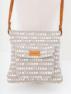1317 Jeannie Bag PDF Pattern - ithinksew.com
