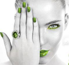 green color splash,,,