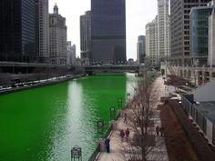 St. Patricks Day wirft seine Lichter voraus von Falk Werner · http://reisefm.de/tourismus/st-patricks-day-wirft-seine-lichter-voraus/ · Pünktlich zum St. Patricks Day am 17. März werden weltweit Wahrzeichen in Grün erstrahlen. So z.B. die Niagarafälle und die Bayern-Arena.
