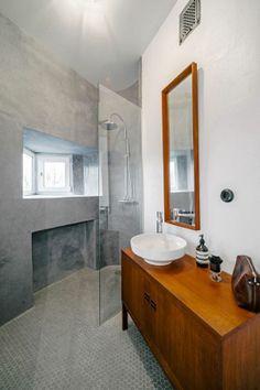 Stylish-minimalist-bathroom