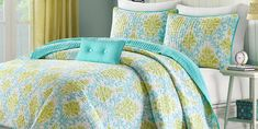 Turquoise Blue and Green Damask Twin Quilt, Sham and Toss Pillow (3 Piece Bedding) *** Check out the image by visiting the link. (This is an affiliate link) Twin Quilt, Toss Pillows, Quilt Sets, Damask, 3 Piece, Comforters, Blue Green, Turquoise, Quilts