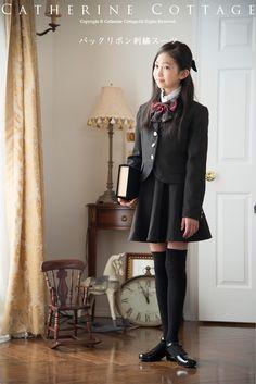 卒服 バックリボン刺繍スーツ 入学式・卒業式スーツ4点セット