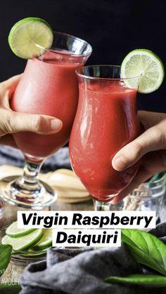 Best Non Alcoholic Drinks, Drink Recipes Nonalcoholic, Alcohol Drink Recipes, Refreshing Drinks, Summer Drinks, Virgin Drinks, Raspberry Vodka, Blended Drinks, Fruit Drinks