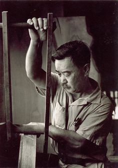 George Nakashima working at his studio in New Hope, Pennsylvania | PC: Knoll Archive | Knoll Inspiration