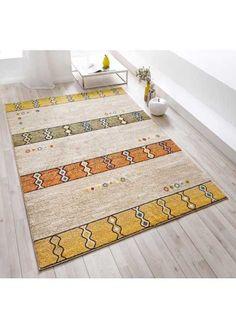 Jetzt anschauen: Gewebter Teppich in wohnlichen und harmonischen Farben, extra weiche und dichte Oberfläche durch den Einsatz von Friségarn, strapazierfähige Qualität, Florhöhe ca.9 mm, Gewicht ca.2000 g/m², alle Maße sind ca. Maße.