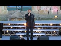 ▶ ANDREA BOCELLI LIVE IN TUSCANI - YouTube