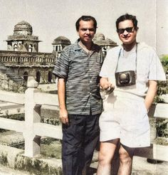 Old Film Stars, Movie Stars, Vintage Vignettes, Film World, Vintage Bollywood, Bollywood Stars, Bollywood Celebrities, Rare Photos, Actors & Actresses