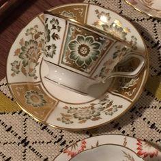 Coalport Red Cairo teacup and saucer circa Cairo, Antique Items, Teacup, Coffee Cups, No Response, Tea Pots, 1960s, Im Not Perfect, Handmade Items