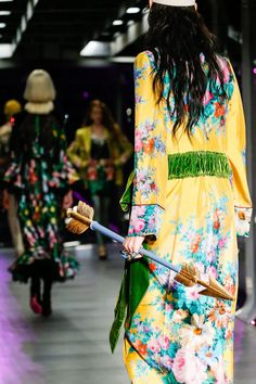 Bright maxi dresses and arrows as accessories for Gucci Autumn Winter 2017 - love this print for summer too! #fashion #style
