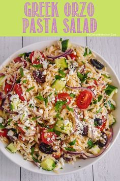 Greek Orzo Pasta Salad - Girl With The Iron Cast Best Salad Recipes, Vegetarian Recipes, Healthy Recipes, Healthy Salads, Healthy Food, Hummus Salad, Pizza Pasta Salads, Easy Mediterranean Diet Recipes, Small Pasta
