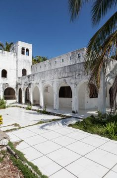 White arches of drug lord Pablo Escobar's abandoned island
