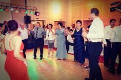 Videoclip Live Nunta Novotel Hora Miresei. Formatia Cryss Band pentru nunti, botezuri, petreceri private si corporate, garantia unui eveniment special.