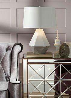 klassische Wohnzimmermöbel mit spiegelfläche