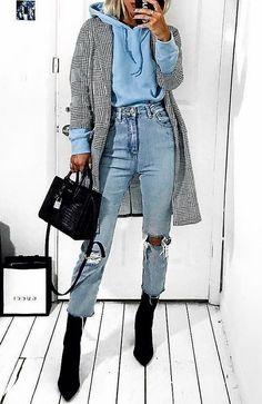 # wintermode # winteroutfits # winterstyle # winter fashion # winter outfits # winter style accessories accessories # winter fashion Source by erdbeerzipfel Street Style Outfits, Looks Street Style, Mode Outfits, Looks Style, Trendy Outfits, Street Outfit, Casual Street Style, Street Style Women, Edgy Summer Style