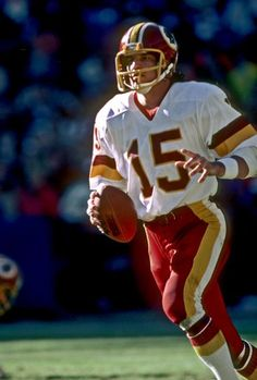 276...Mike Kruczek - QB - Washington Redskins