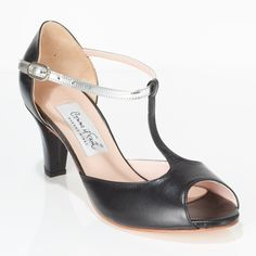 www.felinashoes.com Argentine Tango Shoes from Comme il Faut shoes. Peep toe, T-strap, single ankle strap, enclosed heel cage. Black and silver leather, black leather heels, beige leather sole. Sizes 4 (34), Size 5 (35), Size 6 (36), Size 7 (37), Size 8 (38), Size 9 (39), Size 10 (40), Size 11 (41)