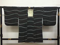 "Michiyuki Kimono coat ""staggering border line  ""  chirimen crape fabric good…"