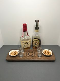 Whiskey Wednesday, Bourbon Gifts, You And Tequila, Color Streaks, Whisky Tasting, Tasting Table, Thirsty Thursday, Shot Glasses, Scotch Whisky