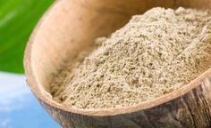 Scopriamo insieme l'uso dell'argilla verde e le sue proprietà che concorrono al benessere naturale.