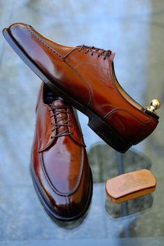 """Okinawa Sugar - Allen Edmonds Edition"" A new Patina by Alexander Nurulaeff - Dandy Shoe Care for a our longtime customer Mr. Suit Shoes, Men's Shoes, Shoe Boots, Dress Shoes, Derby, Gentleman Shoes, Allen Edmonds, Mens Fashion Shoes, Well Dressed Men"