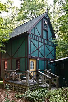 Raven Castle Medieval cottages near Hocking Hills State Park, Ohio