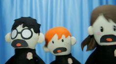 OMG if you have not watched the harry potter puppet pals do it. Funny Geek, Geek Humor, Potter Puppet Pals, Avpm, Harry Potter Magic, Fandoms Unite, Deathly Hallows, Puppets, Youtubers