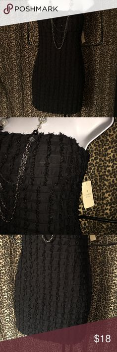 Black ruffled textured body con holiday dress NEW Super pretty & would make the perfect holiday dress! NEW with tags this is a black tube top fit type @ the top, body con dress with some stretch. A size medium this is all black with a neat pattern of small ruffle type designs sideways & a neat shaggy like embroidered pattern with very small hints of black sequins throughout the up & down pattern. Kinda hard to explain but this is pretty! Super comfy, made by Twenty one this is shorter length…