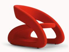 One of the true design classics of the BBB Emmebonacina line is Marcello Ziliani's Smile Chair.  Designed in 2007