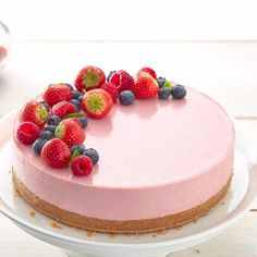 Raw Cake, Cake Tutorial, Cute Cakes, Cheesecakes, Birthday Wishes, Tart, Sweet Tooth, Good Food, Food And Drink