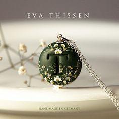Eva Thissen's series of Monogram Pendant