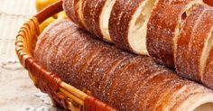 Imádod a kürtőskalácsot, de eddig nem tudtad, hogy miképp készíthetnéd el? Íme egy isteni, házi recept, amelyből akár otthon, a konyhádban is kisütheted a kalácsod.… Hungarian Desserts, Challah, Scones, Donuts, Sausage, Muffins, Pork, Food And Drink, Sweets