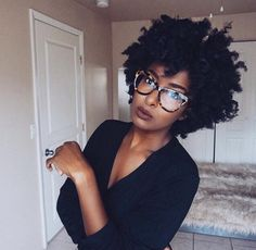 Popular afro hairstyles for woman – My hair and beauty Natural Hair Journey, Natural Hair Care, Natural Hair Styles, Natural Shampoo, Big Hair, Your Hair, Pelo Afro, Pelo Natural, My Hairstyle