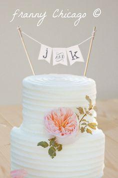 wedding cake topper ideas gamer couple playstation Wedding