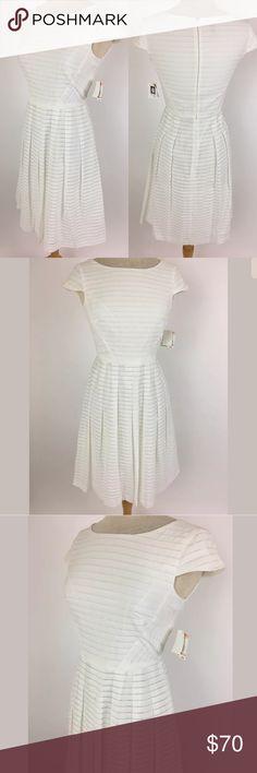 Anne Klein dress SKU: SD15856  Length Shoulder To Hem: 39 Bust: 32 Waist: 29 Fabric Content: 78% viscose, 22% polyester Anne Klein Dresses
