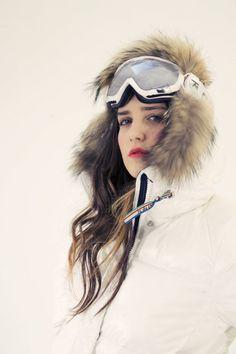 I miss skiing. Used to go couple times a week in michigan Ski Fashion, Sport Fashion, Winter Fashion, Snowboarding Style, Ski And Snowboard, Ski Ski, Ski Bunnies, Snow Outfit, Sunrises